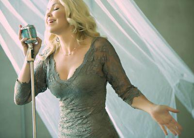 Anne Danes - Photos - Jazz Singing