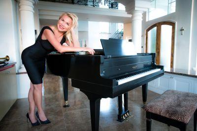 Anne Danes - Video - The Jazz Singer